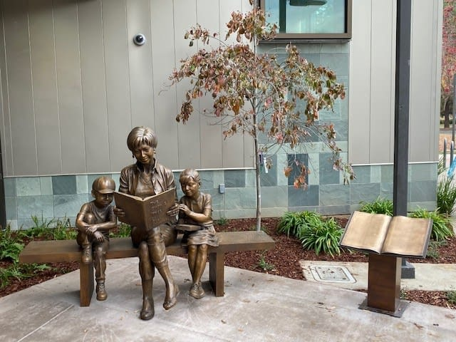 Sculpture-plaque-landscaping